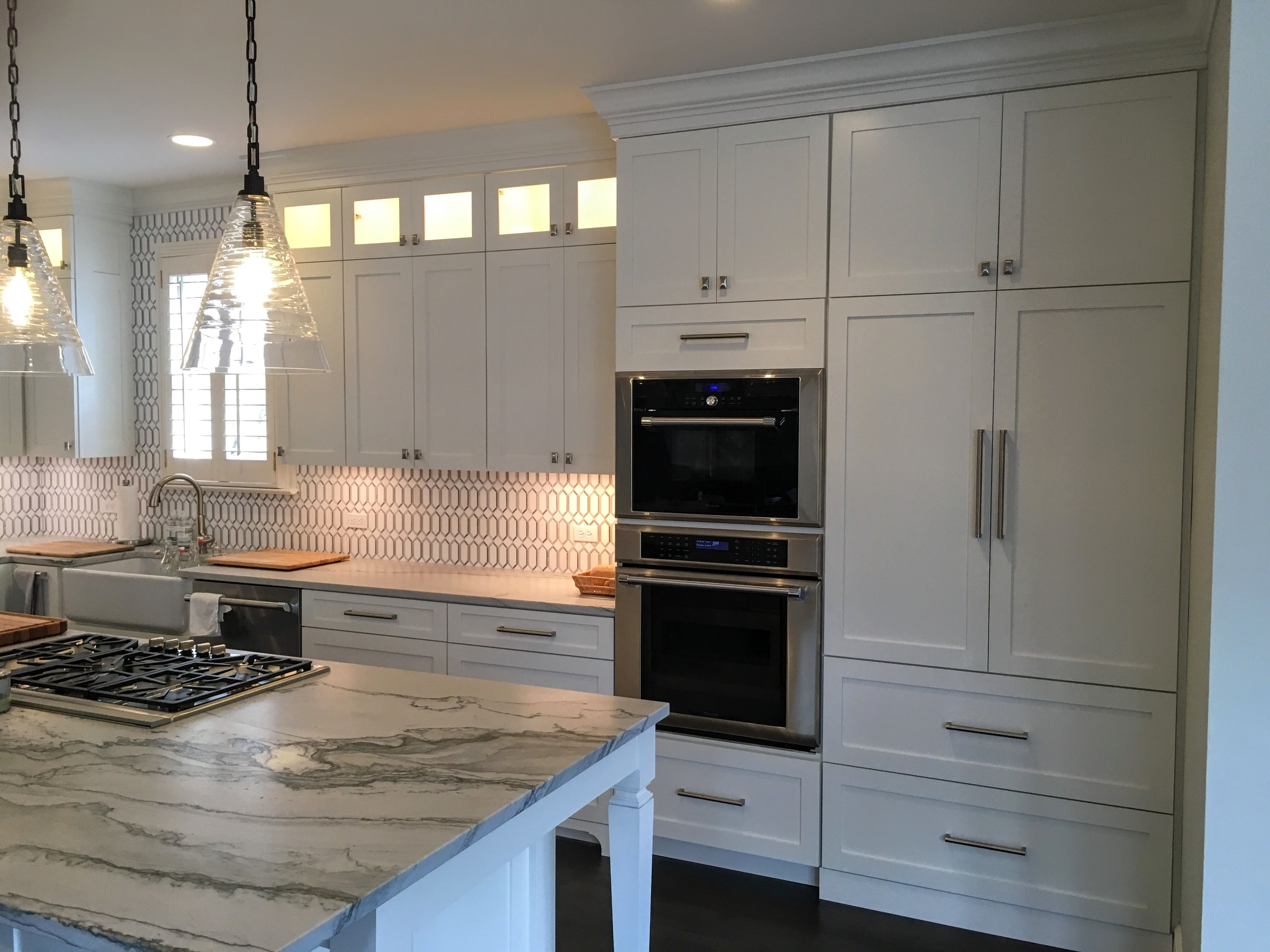 Shaker Style Full Overlay Sherwin Williams White Dove Lacquer Glass Upper Doors Island With Post Legs Custom Glass Used Kitchen Cabinets Cabinets For Sale