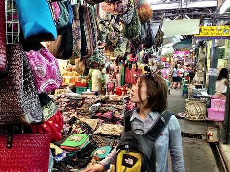 The 12 Best Markets In Bangkok For Bargain Hunting Wholesale Shopping Bangkok Market Bangkok Chatuchak Market