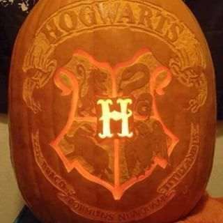"This Hogwarts one: | Community Post: 16 Magical Pumpkins All ""Harry Potter"" Fans Need To See"