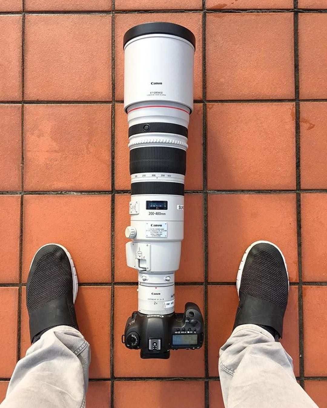 To Shoot The Supermoon You Need A Super Setup Canon 5dsr 200 400 F4 X2 Extender Photo By Matjoez Bts Tag A Friend Who Could Use This Lens Canon Gear Cam