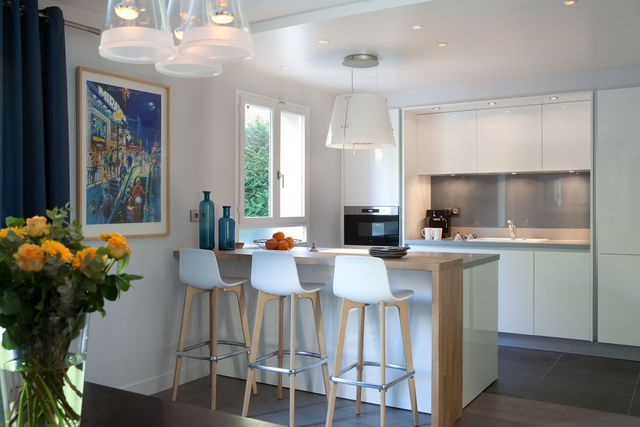 Cuisines semi ouvertes sur le salon ou la salle à manger