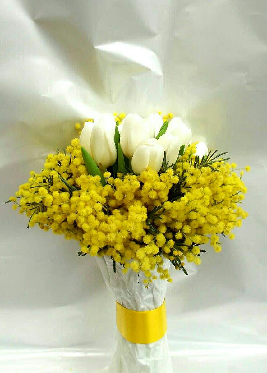 Bouquet Fiori Gialli.White Tulips Yellow Mimosa Flower Acacia Wedding Bouquet