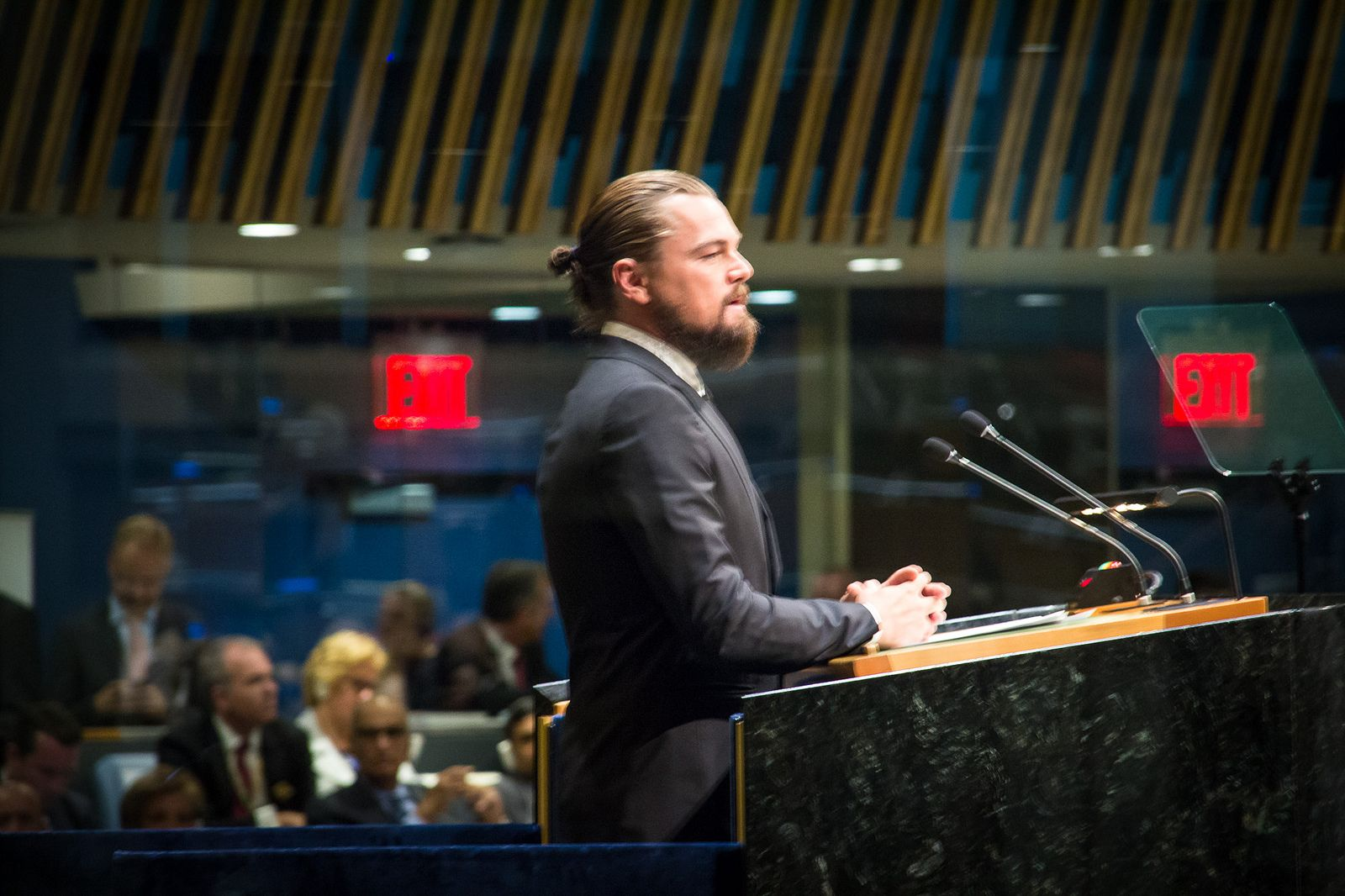 Leonardo Dicaprio Playing Poet Rumi Offends Muslim Community