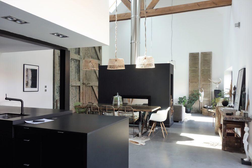 Une Maison Loft Au Design Contemporain Dans Une Ancienne Grange Design Contemporain Maison Loft