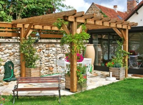 pergolas bois cerisier abris de jardin en bois auvent pinterest pergola. Black Bedroom Furniture Sets. Home Design Ideas