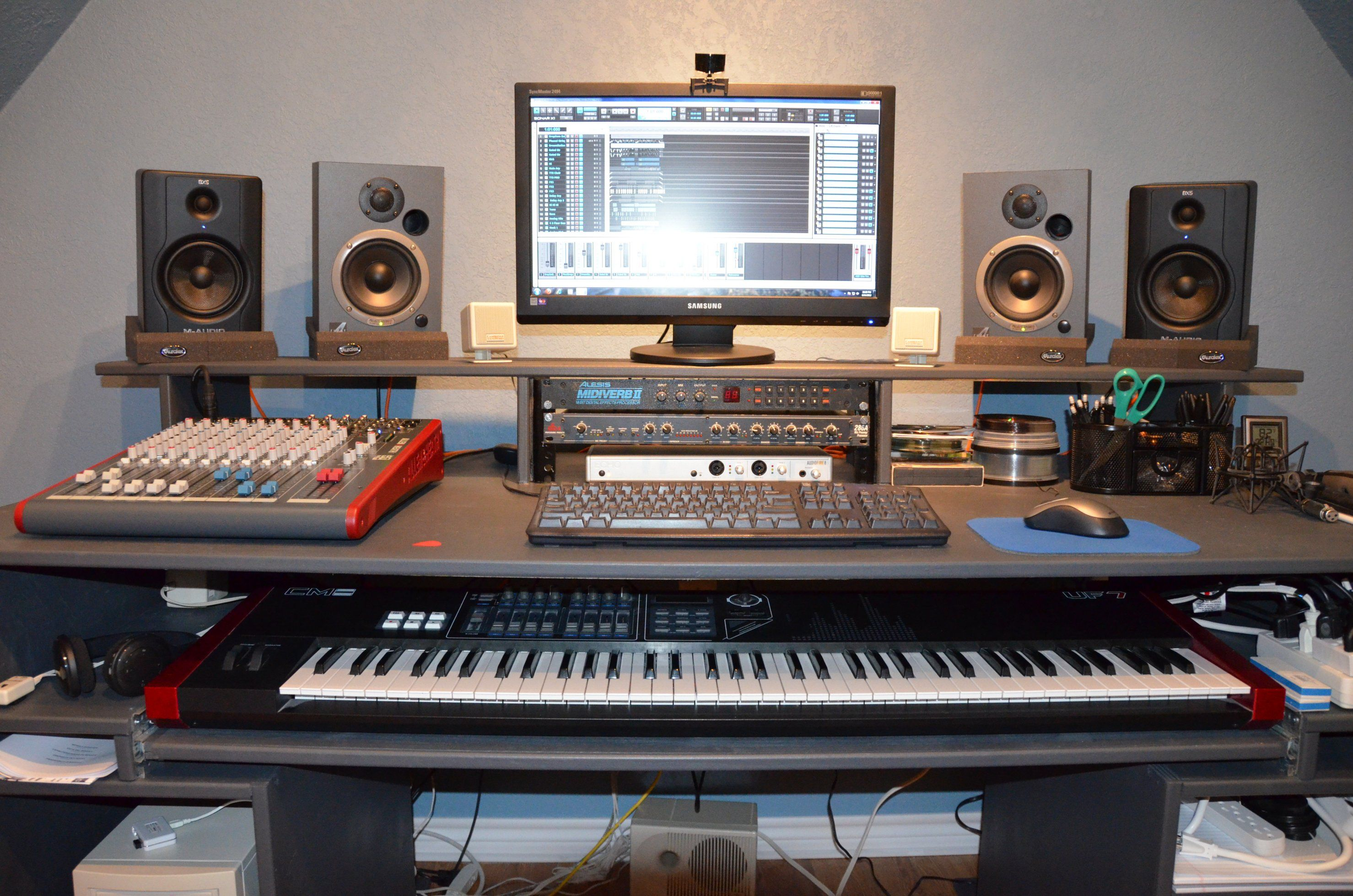 Pin By Eyal Richter On Recording Studio Desk Recording