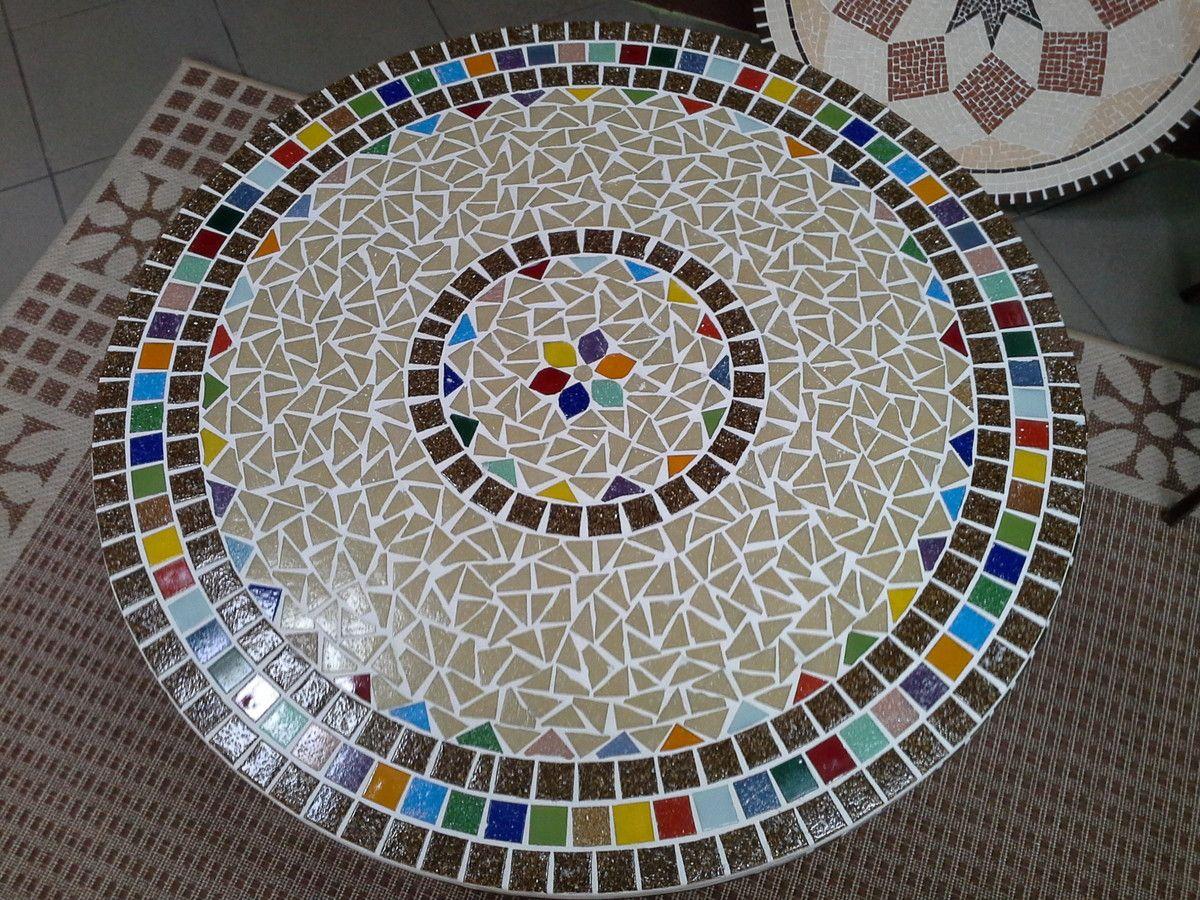 Tampo De Mesa Em Mosaico Confeccionado Em Pastilhas De Vidro