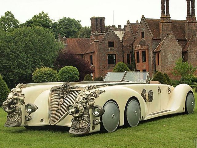 The Car From The League Of Extraordinary Gentlemen Is Idiotic Extravagance