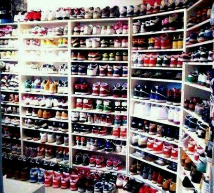 Shoe room, Sneaker closet, Shoe closet