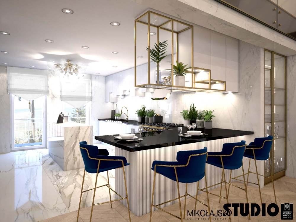 Biala Kuchnia Czarny Blat Zlote Elementy Granatowe Hokery Kitchen Design Kitchen Decor Home