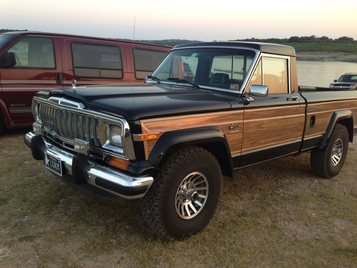 Jeep J10 With Images Jeep Truck Jeep Wagoneer Jeep Pickup Truck