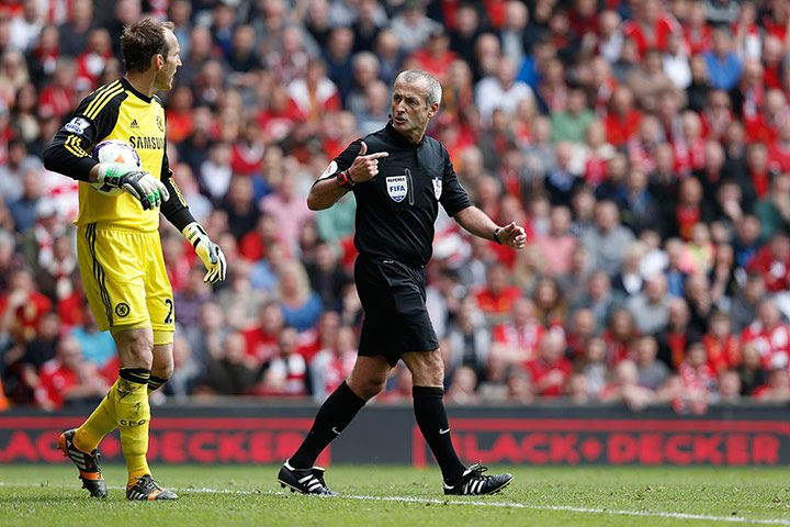 Credit: Tom Jenkins Chelsea's goalkeeper Mark Schwarzer is soon warned about time-wasting by referee Martin Atkinson