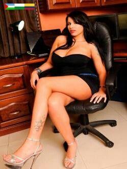 La Chica Linda y sexy secretary( 25 añito tiene La sexy coLonbiana mi amigita con benefisio)