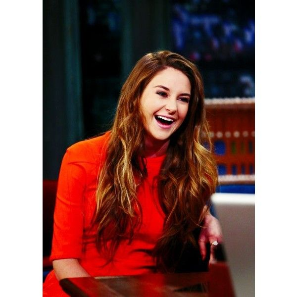 This Pin was discovered by Erika R. Discover (and save!) your own Pins on Pinterest. | See more about shailene woodley, love and hair.