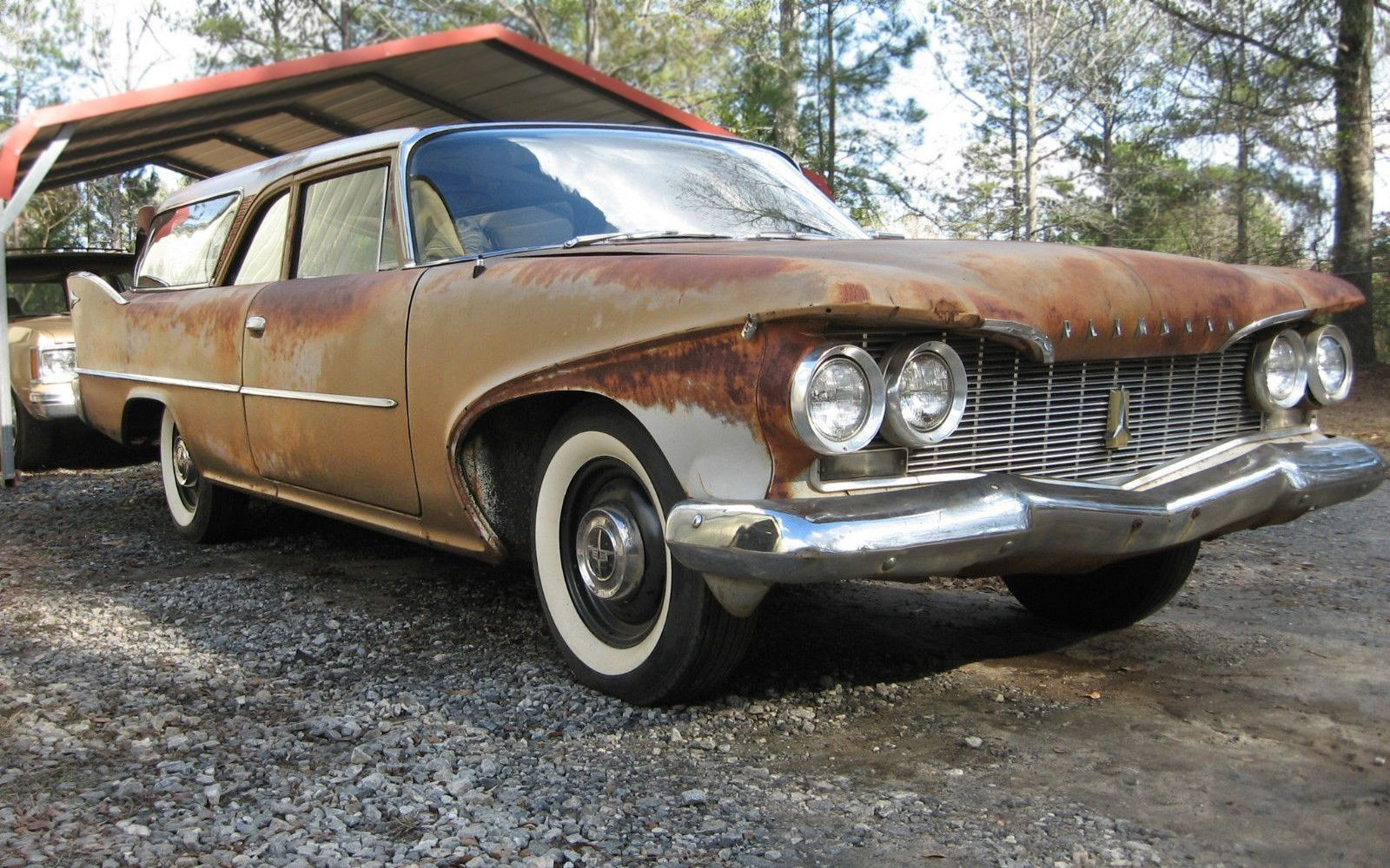 Fin\'tastic! 1960 Plymouth Deluxe Suburban - http://barnfinds.com ...