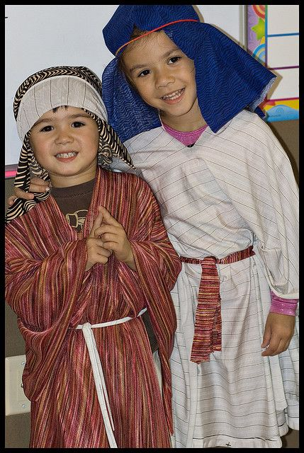 just a picture of nativity costumes