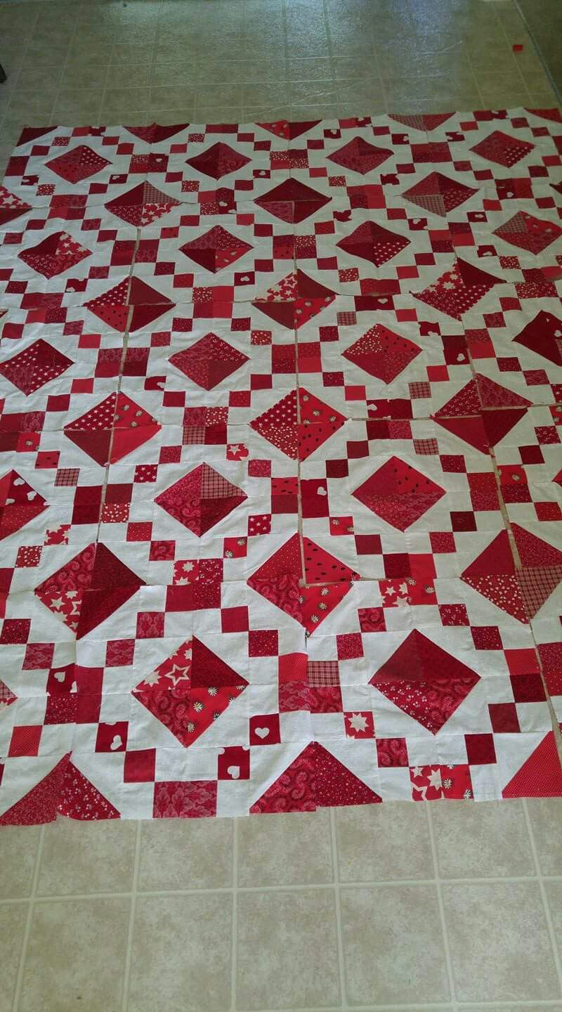 4 Patch And Hst Quilt Red And White Quilts Barn Quilt Patterns Colorful Quilts