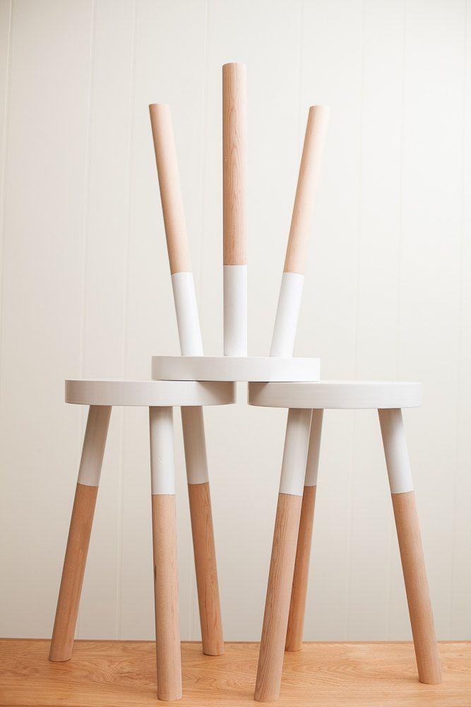 tabouret peint mobilier relooke mobilier de salon. Black Bedroom Furniture Sets. Home Design Ideas