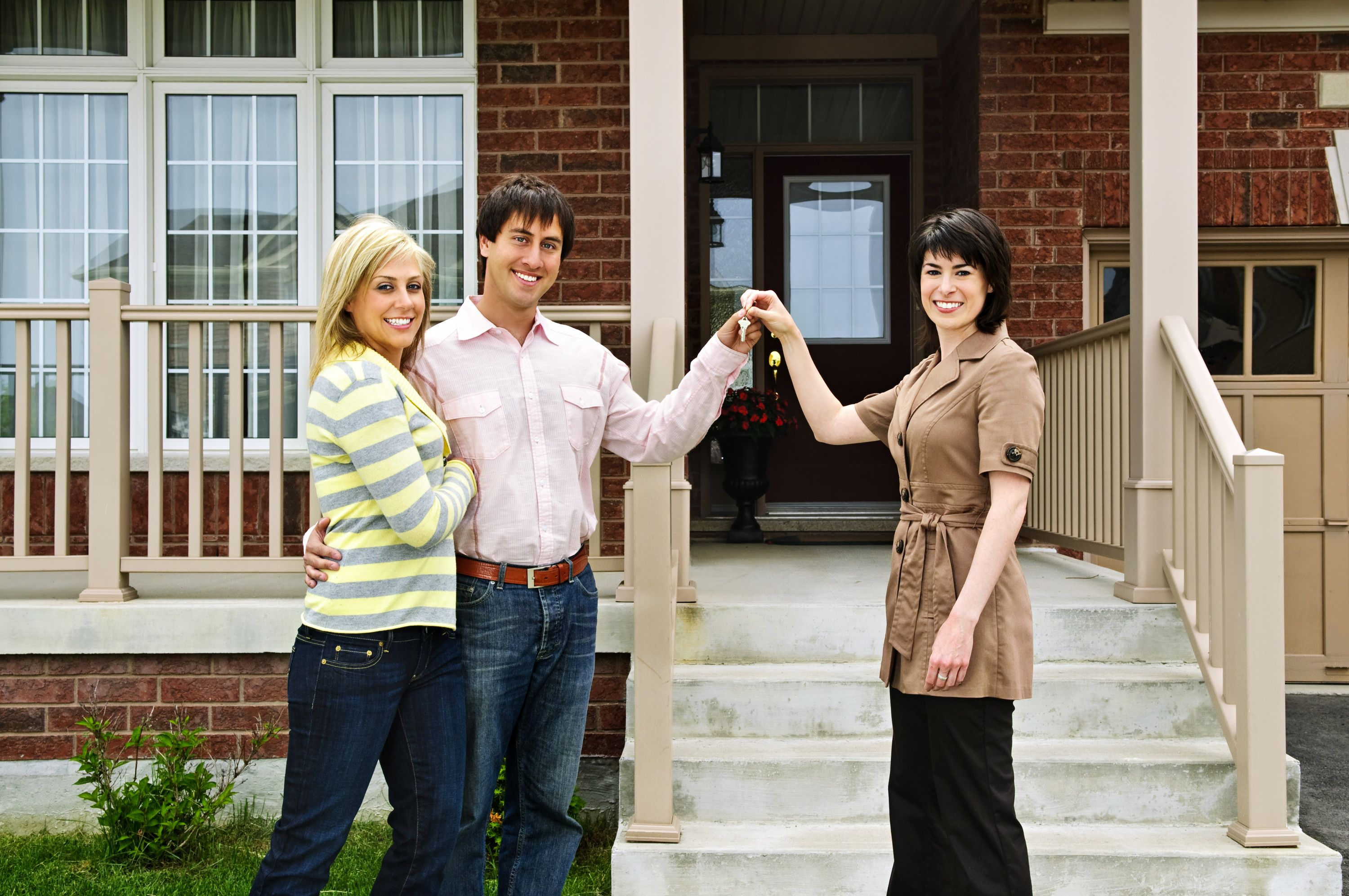 Buyers Of Newly Built Or Newly Acquired Homes Are Interested In The Warranties That The Seller Or Builder Is Of Being A Landlord Estate Agent Real Estate Agent