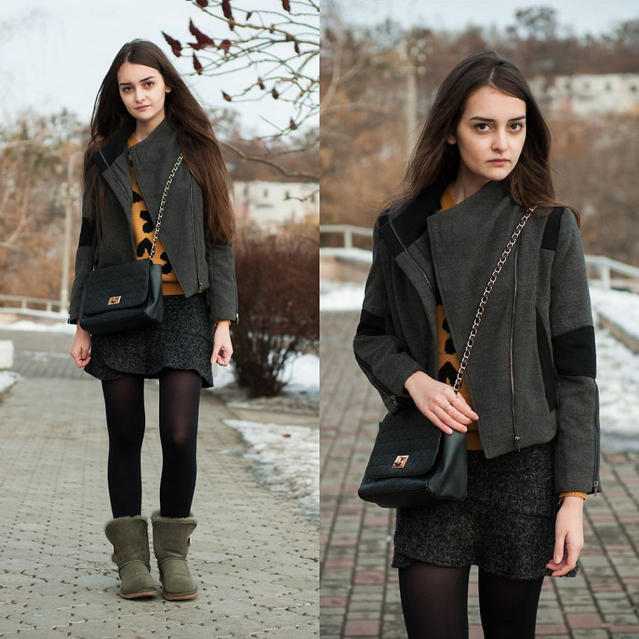 b7f112854ef Snow Boots on | My Style | Uggs, Ugg bailey button, Ugg classic mini