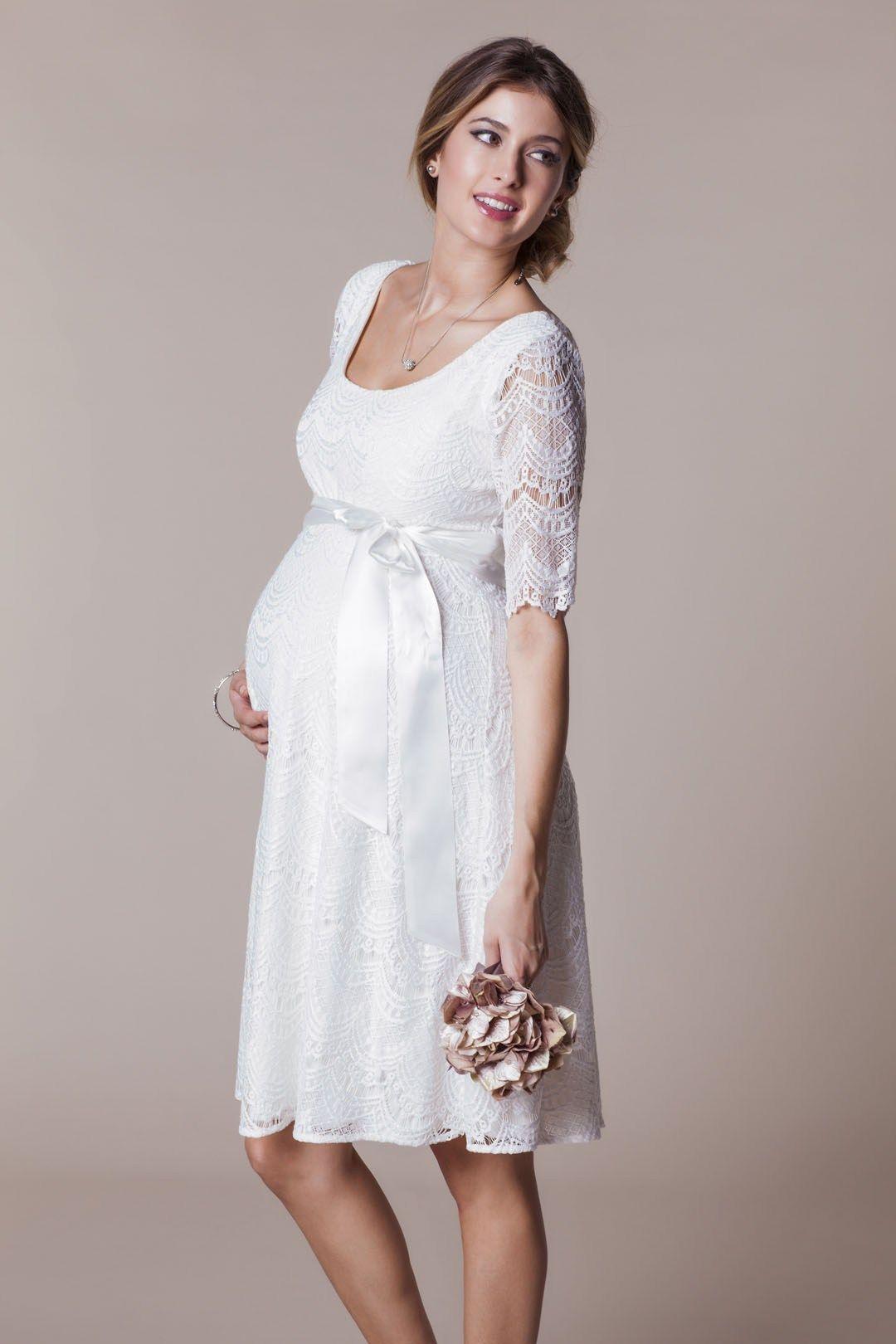 Brautkleider für Schwangere von Boesckens Erkelenz   Brautkleider ...