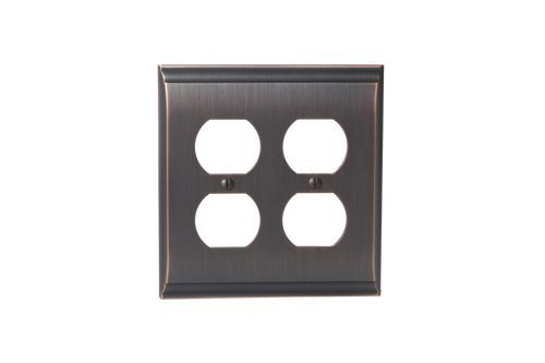 Chandler 4 Plug Outlet Wall Plate, Oil Rubbed Bronze