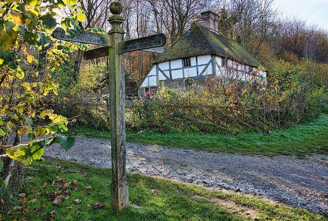 Crossroads Jaunt, Open air, Outdoor structures