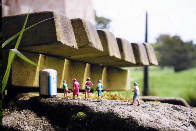 Little people project - Street Photography by Slinkachu