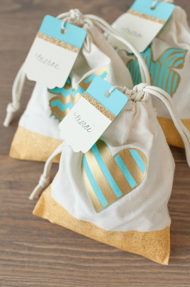 how to make gift tags on cricut