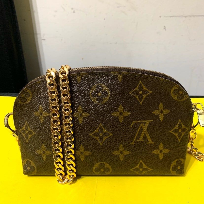This Is Preloved Authentic Louis Vuitton Cosmetic Pouch Converted Into Crossbody Added D Louis Vuitton Louis Vuitton Crossbody Bag Louis Vuitton Cosmetic Pouch