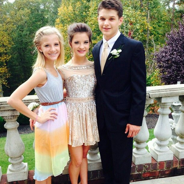 cf97d55270a Beautiful brooke and paige hyland. Brooke going to homecoming