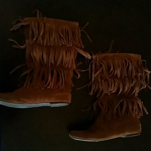 Fringed mid calf boots Brown fringed boots. They reach to about mid calf. Sorry, no trades! LC Lauren Conrad Shoes Combat & Moto Boots