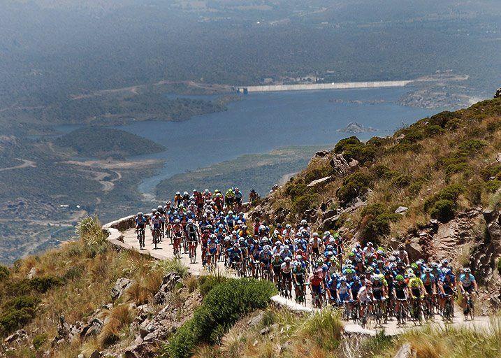 Tour de San Luis 2012,subida a Nogoli. Gran foto Fotografia Gubernamental