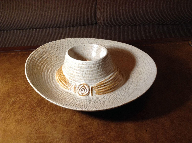 Sombrero Or Cowboy Hat Treasure Craft Chip And Dip Bowl Tan And