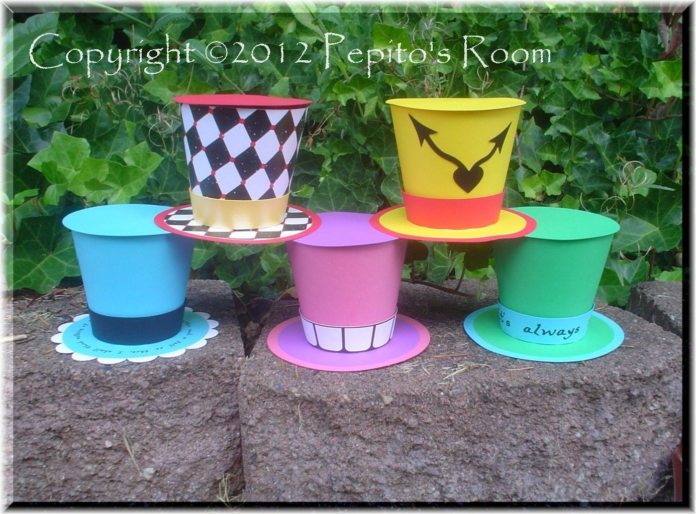 DIY Handmade Project (Single KIT) - Top Hat Alice In Wonderland - Mad Hatter - PR. $3.10, via Etsy. (+$2.50 S/H)