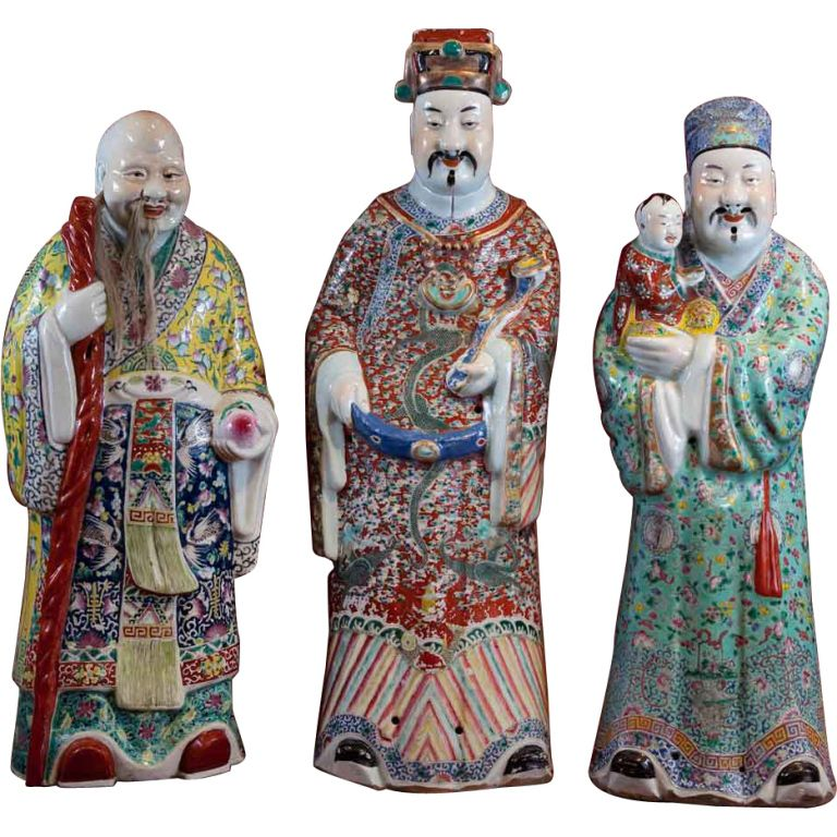 Asian Antiques A Group Of Three 19th C Chinese Rose Mandarin Porcelain Statues. Antiques
