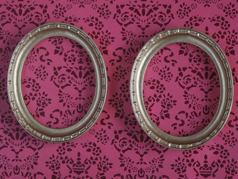 Dolls House Miniature Oval Frames. MA56. | Miniatures | Pinterest ...