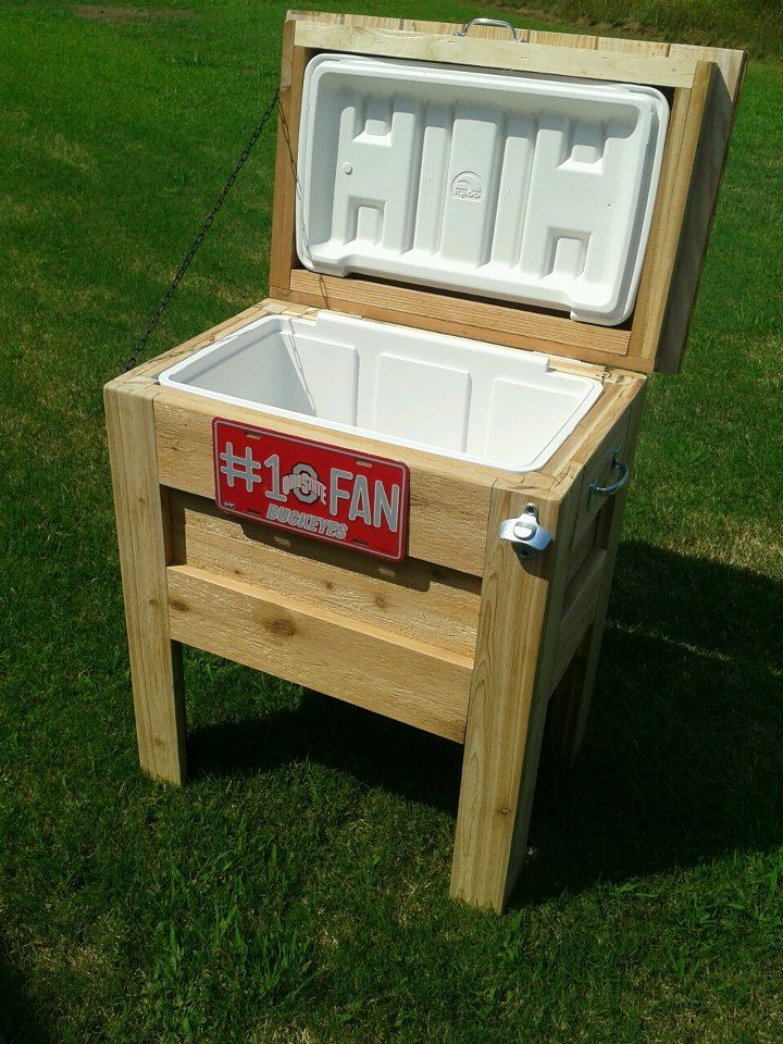 Outdoor wooden cooler do it yourself home projects from for Outdoor wood projects ideas