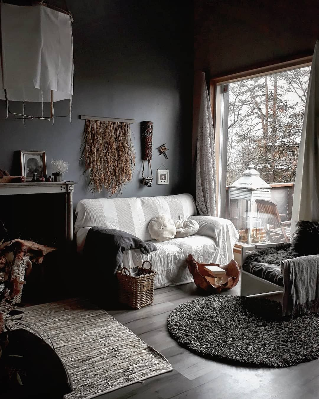 Livingroom With Boho Rustic Look And Gray Wall Colour Storm And Clay Classy Living Room Small Living Room Decor Romantic Living Room