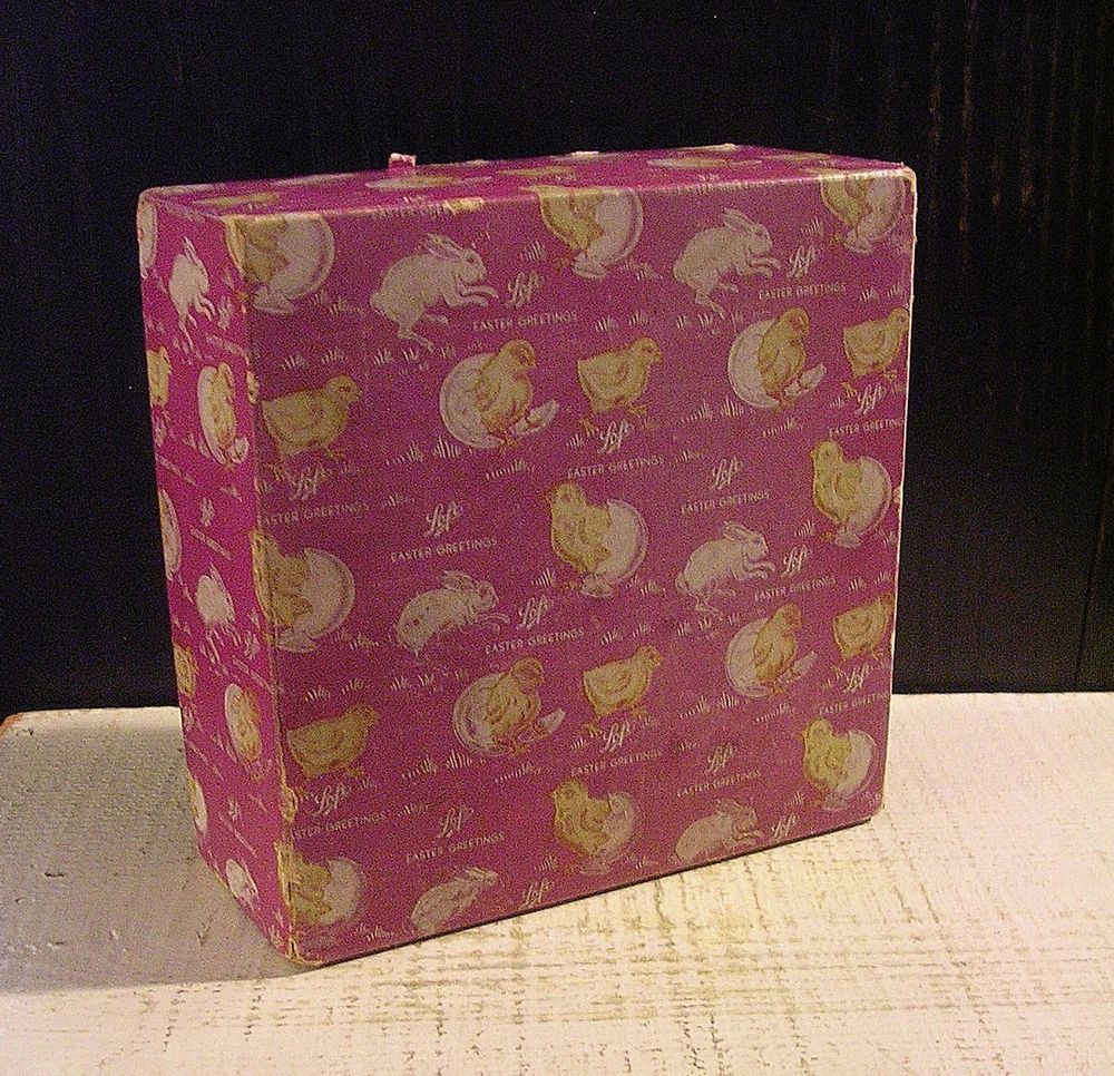 Vintage 1930s-40s Loft Easter Candy Cardboard Box Purple w Yellow Chicks Darling