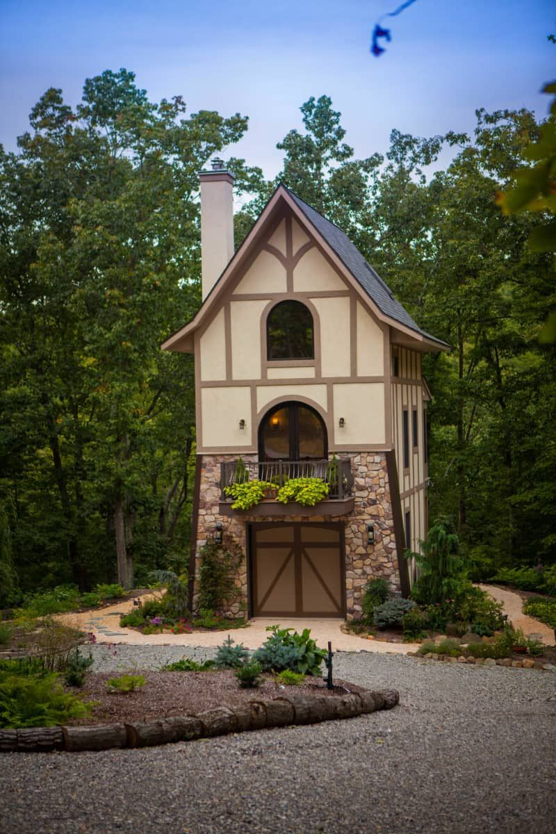 Rapunzels Tower Tiny House For Sale In Sharpsburg Maryland