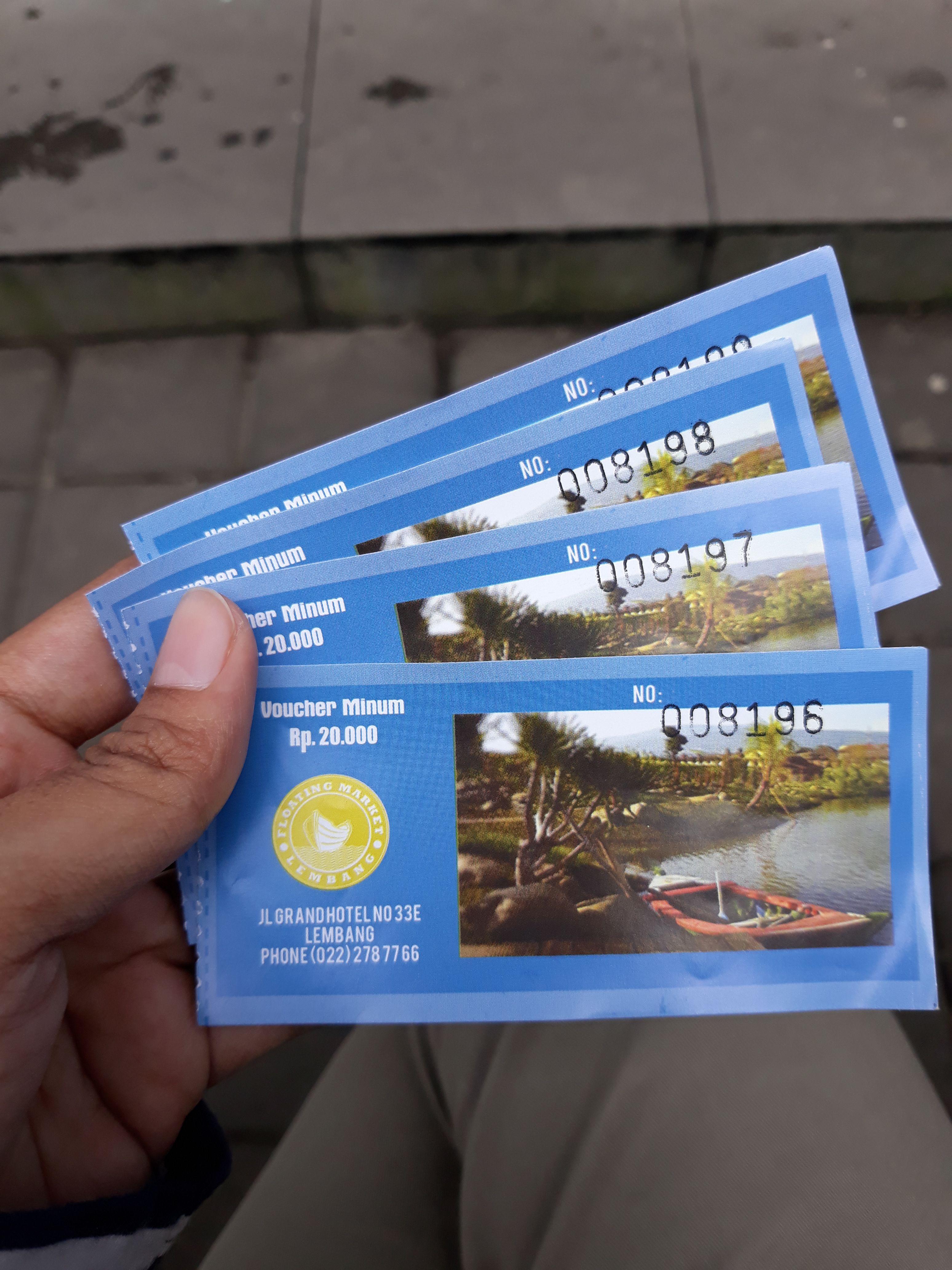 Tiket masuk floating market yang bisa ditukar dengan minuman