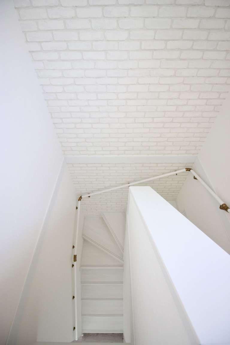 壁 天井 お気に入り リビング唯一のアクセントクロス コラベルタイル