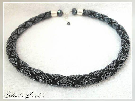 Perle häkeln Seil Kette ist auf 100% Baumwollfaden mit tausenden von ...