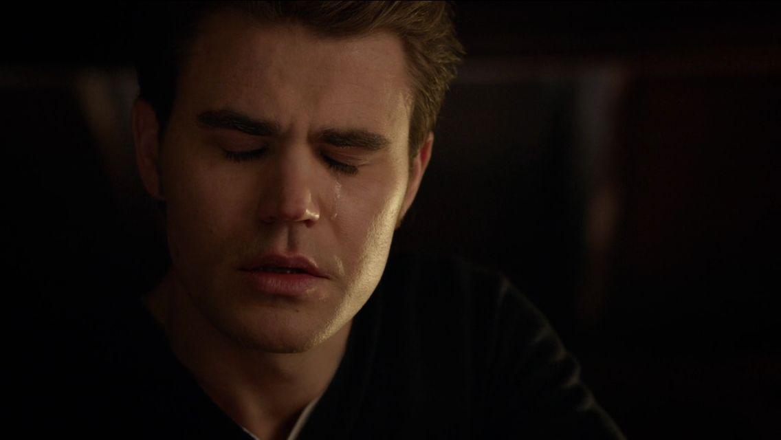 stefan crying bc of elena | Vampire dairies, Stefan salvatore, Vampire  diaries