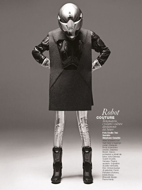 OUT NOW / EDITORIAL / D MAGAZINE'Robot Couture'