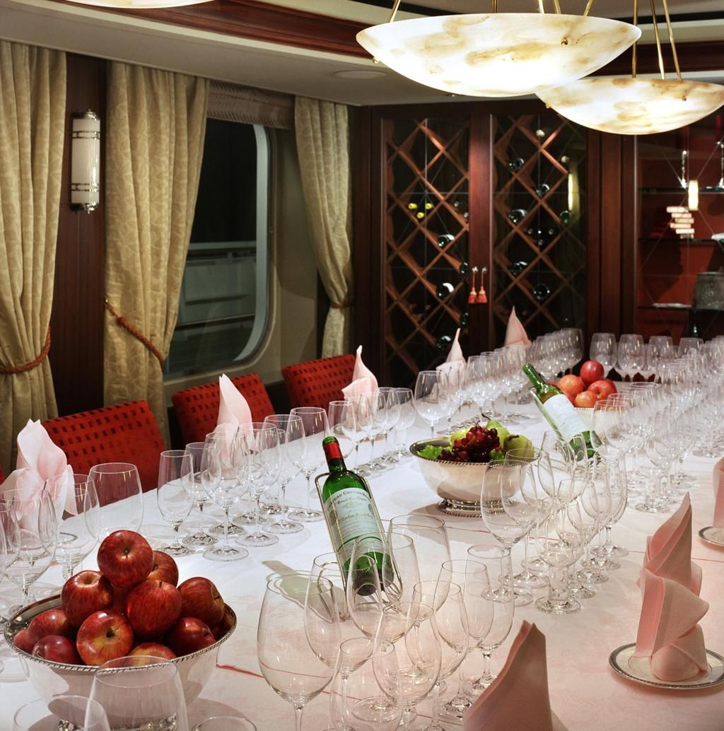 Crystal Cruises wine and food pairings in the Vintage Room