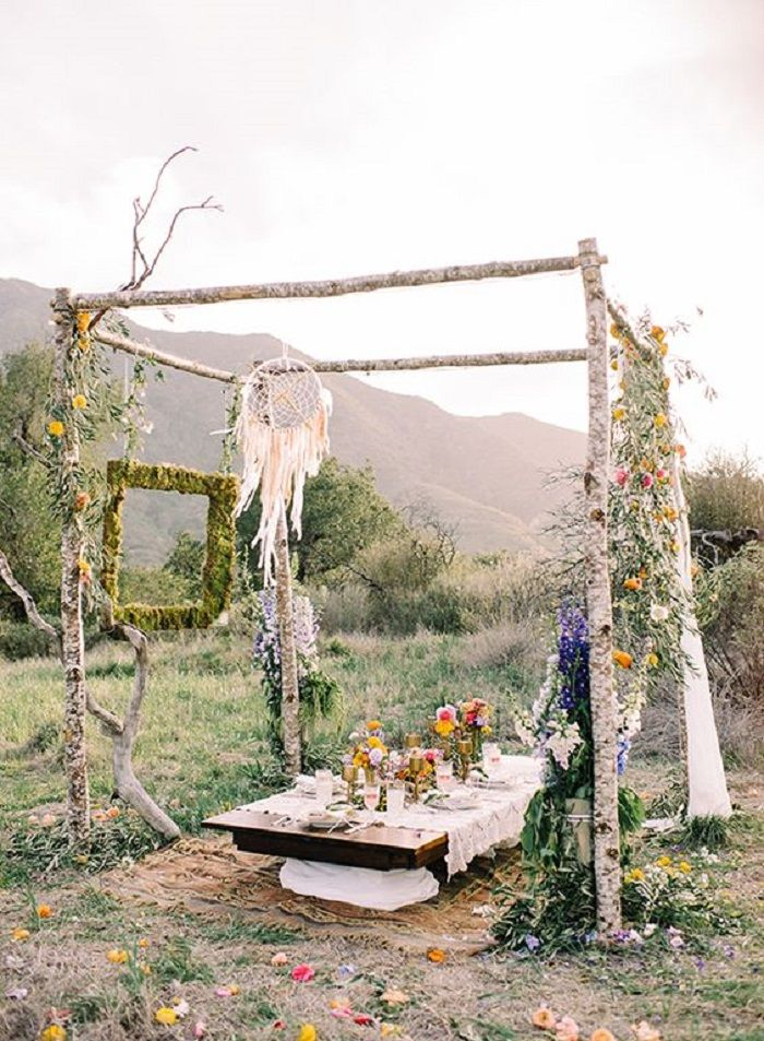 Bohemian bridal shower decor inspiration | fabmood.com #bridalshower #wedding