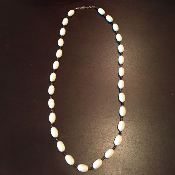 Beaded tribal necklace White and brown tribal necklace Forever 21 Jewelry Necklaces