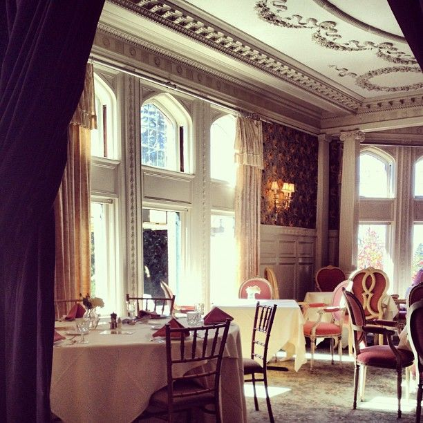 Mansion Dining Roomim0A0Ginger On Instagram  Mansion Moments Classy Mansion Dining Rooms Design Ideas